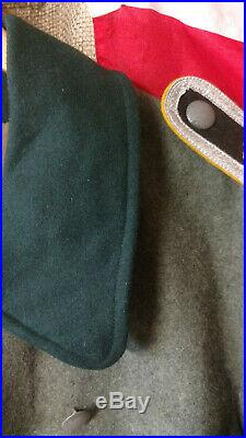 German WW2 Over Coat Mantel size Large, Fieldgray/Green collar