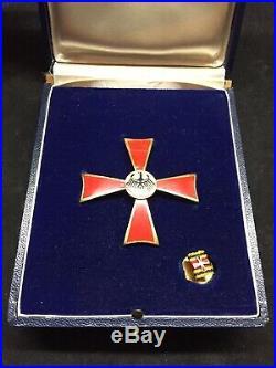 Vintage AUSTRIAN MEDAL EAGLE CROSS PIN & BUTTON 1st Class Bundesverdienstkreuz