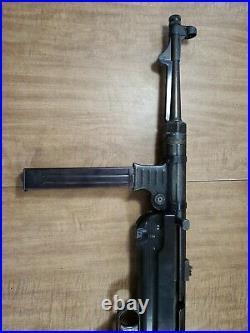 Vintage M. G. C. Co. German Model MP-40 Pistole Maschinen Submachine Reproduction